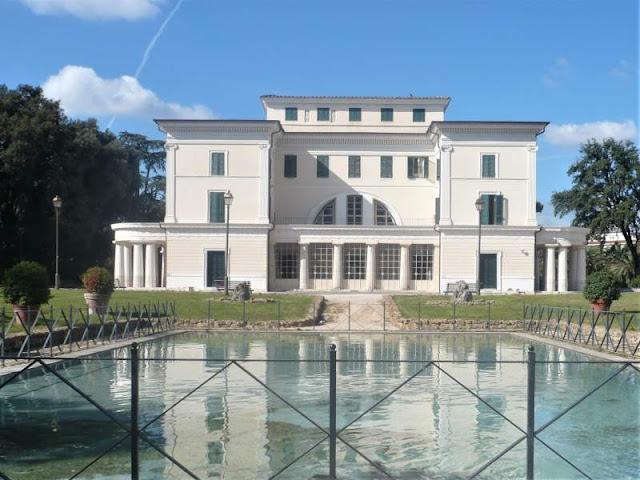 retro casino nobile a villa torlonia roma
