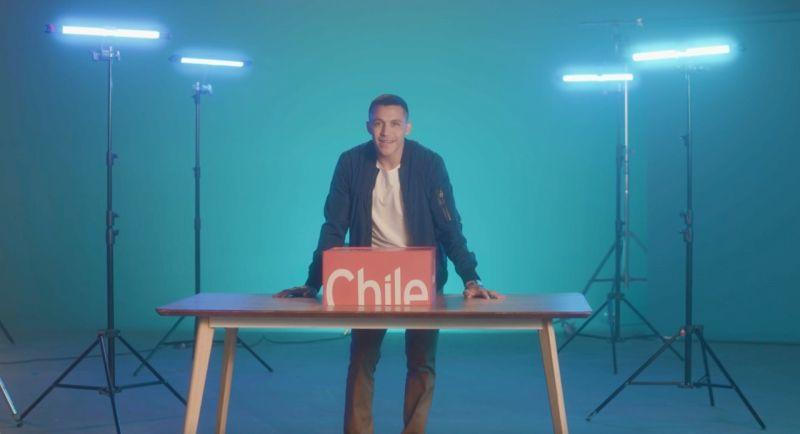"""Alexis Sánchez protagoniza """"Unboxing Chile"""""""