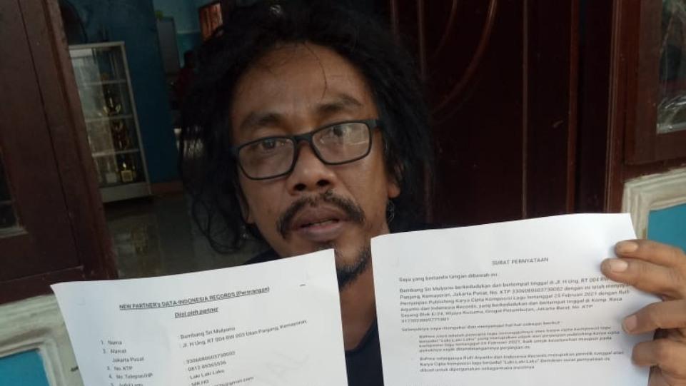 Mr.Ho saat resmi direkrut oleh Indonesia Records. (Dok. Istimewa)
