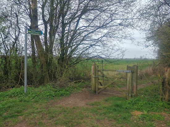 The right turn for Wakeley bridleway 10 Mentioned in point 3 below