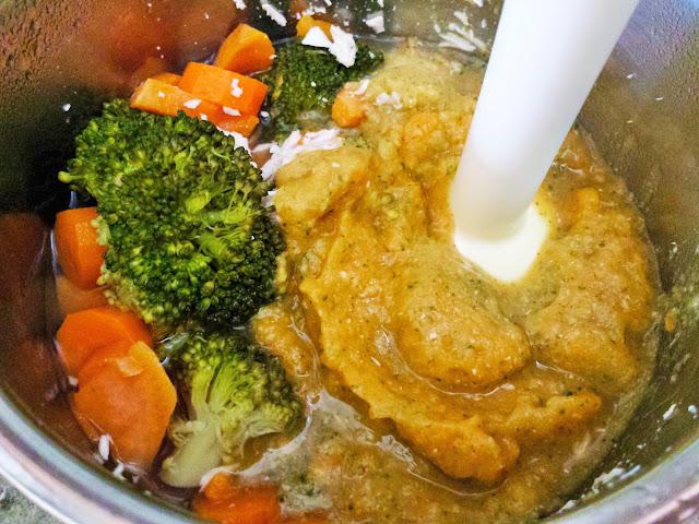 Můj fialový svět První příkrm dýně, mrkev, brokolice, kuřecí