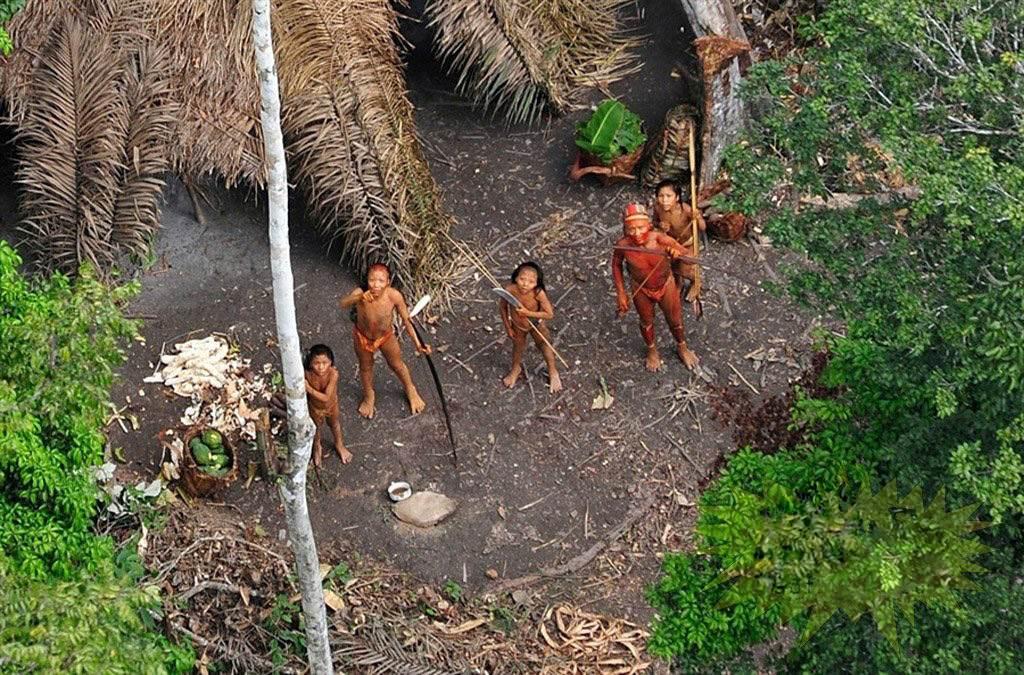 Bộ lạc tách biệt với văn minh thế giới