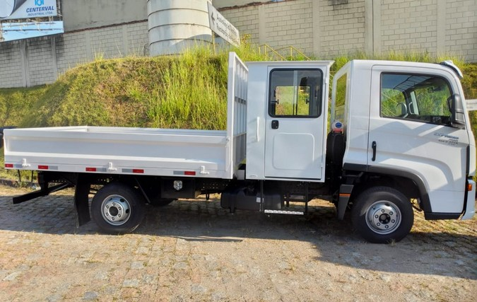 Apta entrega 8 caminhões Volkswagen Delivery para a TKJ Engenharia