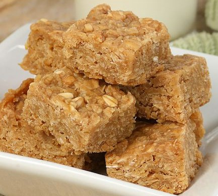 3-Ingredient PEANUT BUTTER OAT SQUARES #healthydiet #weighloss