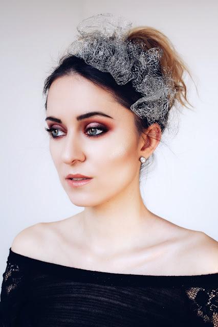 ognisty makijaż