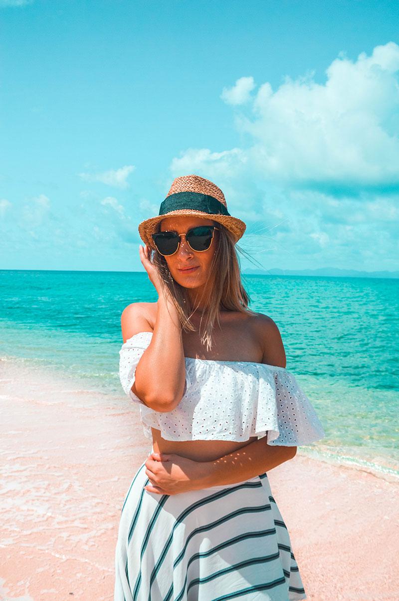 crop frill top cat eye black sunglasses straw hat summer beach outfit