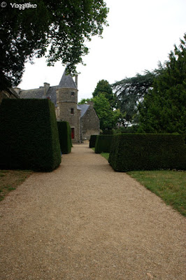 Uno dei tanti viottoli nel parco del castello di Josselin