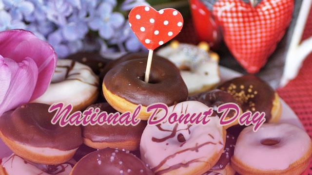 Perayaan Hari Nasional Donat di Amerika