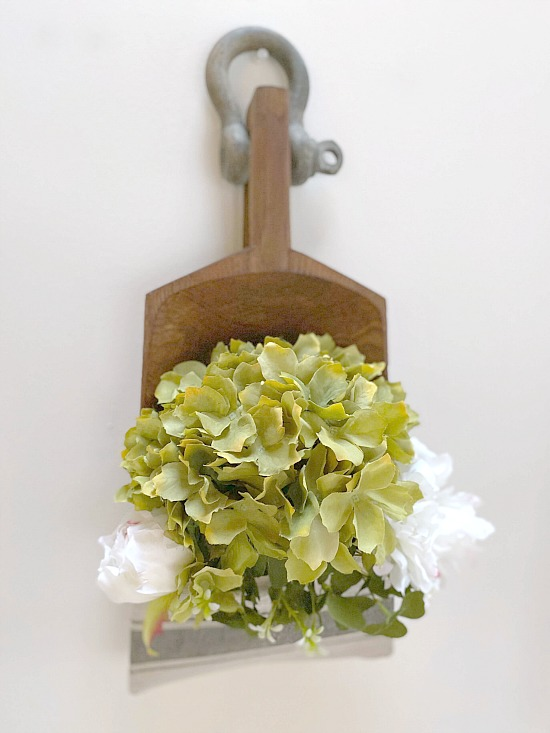 Make a Farmhouse Style Wall Pocket for Flowers