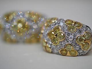 イエローダイヤモンド入りイヤリングをお買い取り致しました