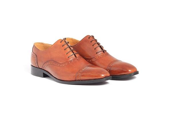 Lý do cần phải đi một đô giày da nam cao cấp chất lượng