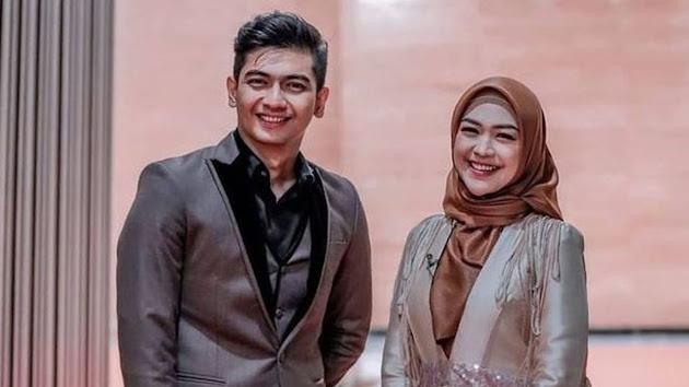 Calon Suami Ria Ricis Diterawang Titisan Nyai Ratu Kidul, Karier Teuku Ryan Jadi Sorotan, Sang Peramal: Ada yang Nyesel Tuh