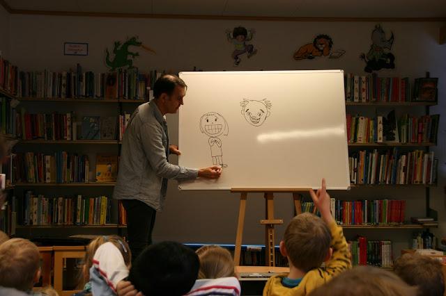 Svein Nyhus på Skjåk folkebibliotek