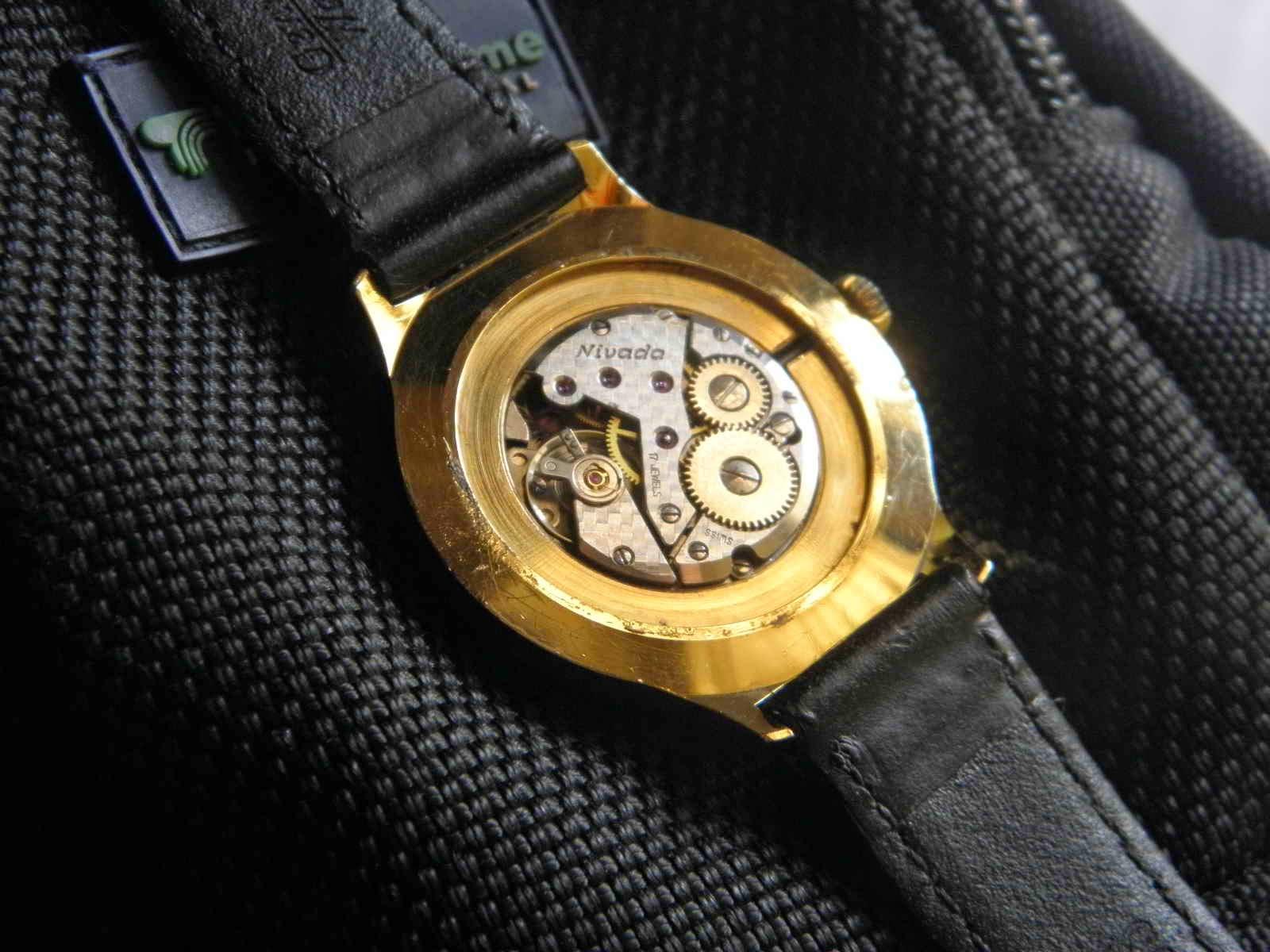 Kiosku Januari 2015 Rolex Gmt Kombinasi Swiss Mesin 2838 2 Movement Manual Wind 17 Jewels Made Dia 35 Mm W C Dial Hitam Bertekstur Retak Spider Unik Dan Spesial Index Irit Hanya 4 Saja