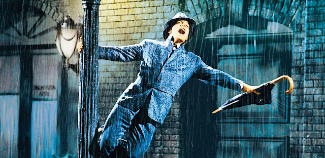 Crítica – Cantando na Chuva