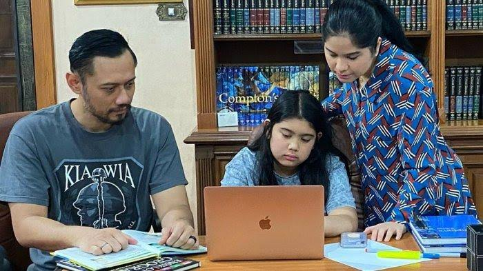 Denny Siregar Langsung 'Kalap' Kalau Junjungannya Disinggung, Anak Seumur Jagung Pun Dibully