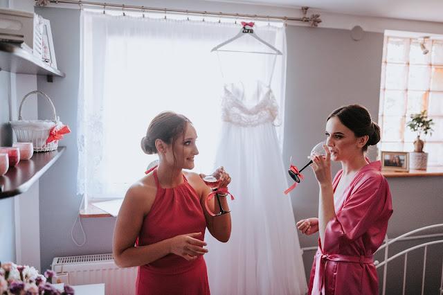 co ma do zrobienia świadkowa, ślub, wesele