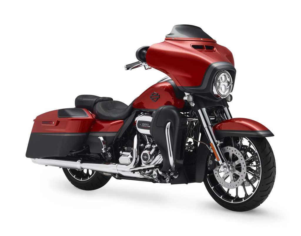 Harley-Davidson CVO Street Glide 2018 FLHXSE Service Manual Supplement