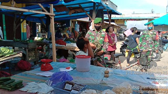 Personil Jajaran Kodim 0208/Asahan Laksanakan Pengamananan Disiplin Covid-19 di Pasar Tradisional