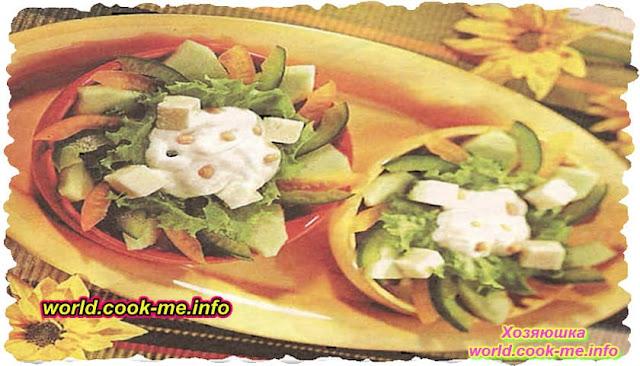 Салат «Весенний» со сметанным соусом