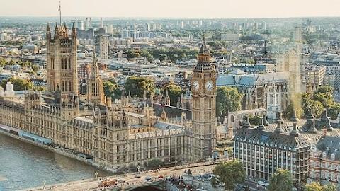 A huszonhetek hivatalosan is jóváhagyták az újabb brit halasztási kérelmet