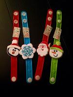 Bracelets clignotants de Noël Baker Ross