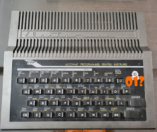 photo of on old CIP microcalculator made by Electronica