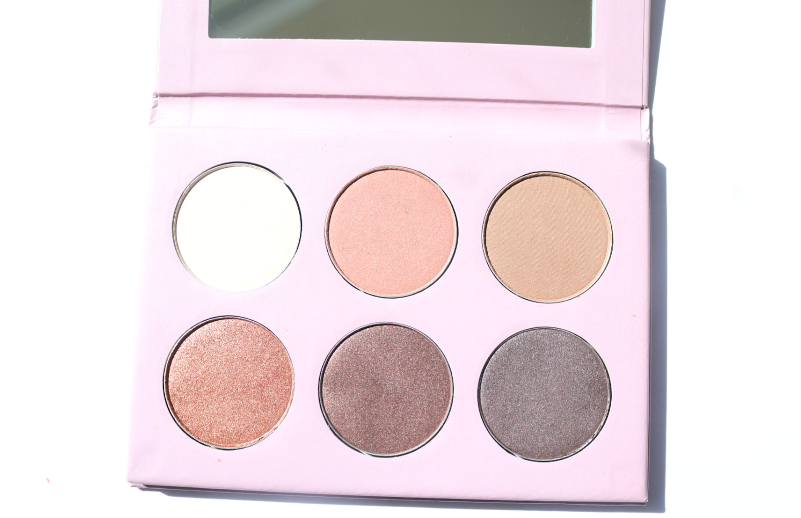Lavera Limited Edition Natural Pastels Mineral Eyeshadow Palette in Blooming Nude review swatches