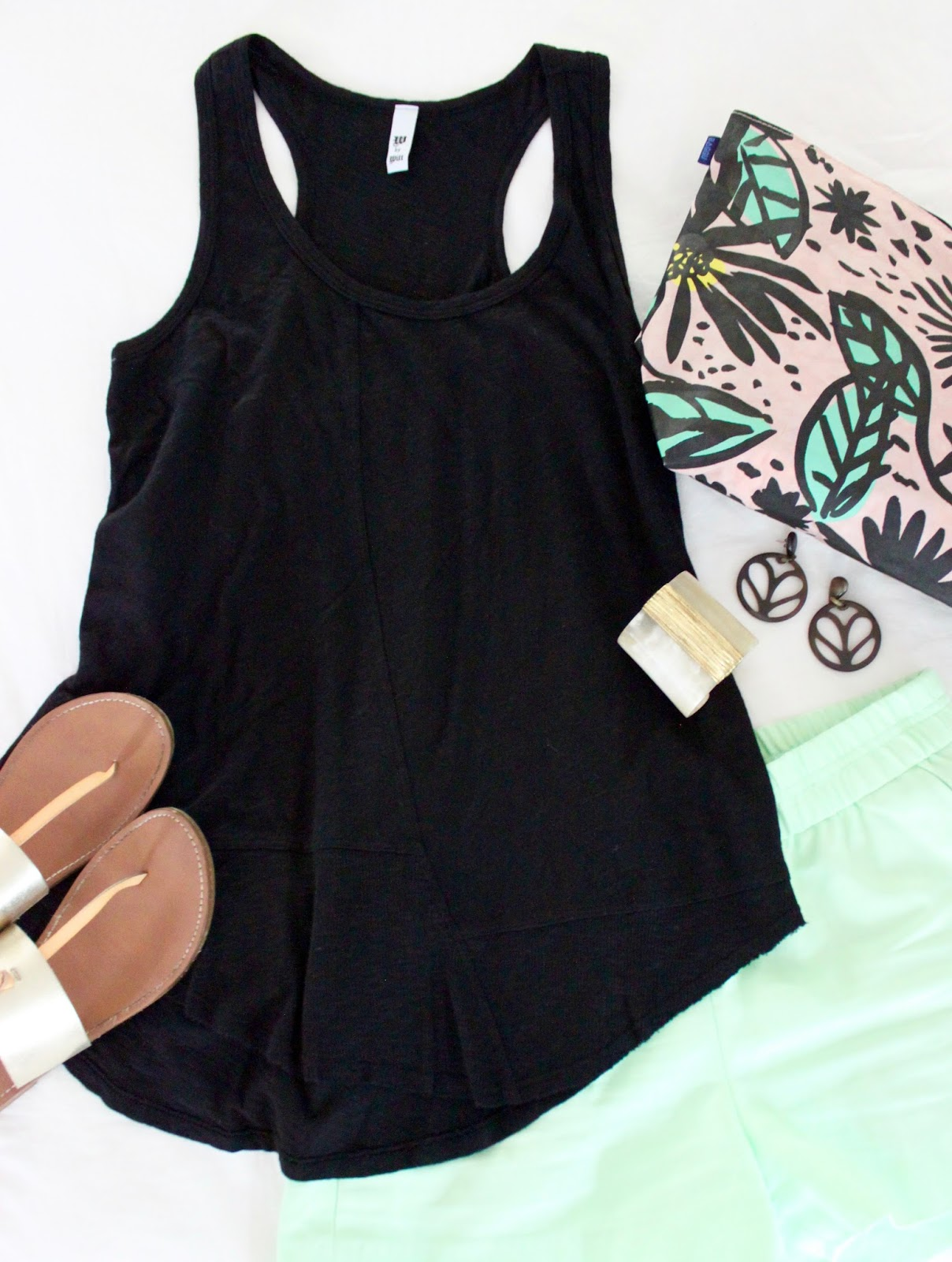 Black sandals old navy - Zara Sandals Old Navy Clutch Tiny Finch Earrings Bauxo Necklace