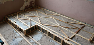 Lots of joists to support the floor boards
