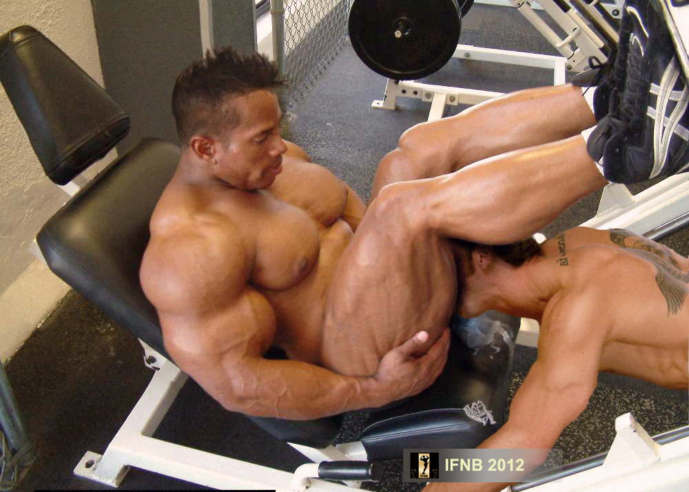 Muscle Naked Male