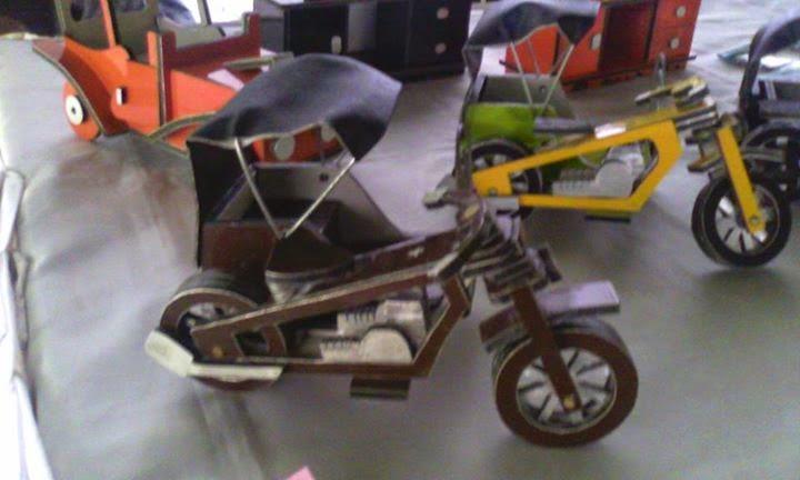 Miniatur Becak Motor