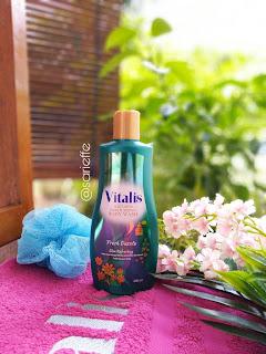 Vitalis Perfumed Moisturizing Body Wash varian Fresh Dazzle