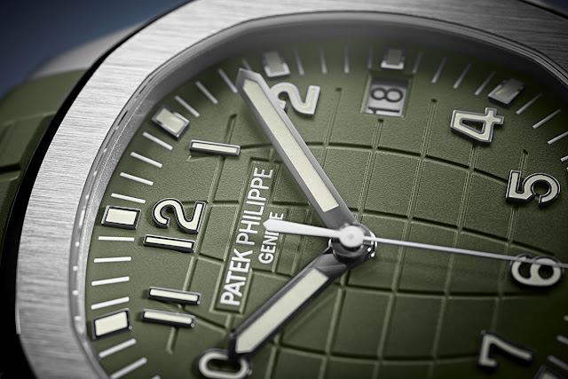 The Khaki Green dial of the Patek Philippe Aquanaut 5168G-010