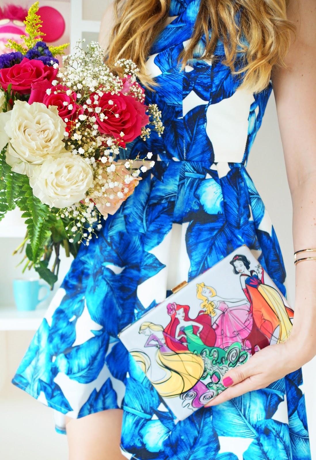 This Disney clutch is SO cute!!