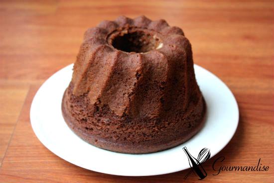Bolo de chocolate de massa levedada
