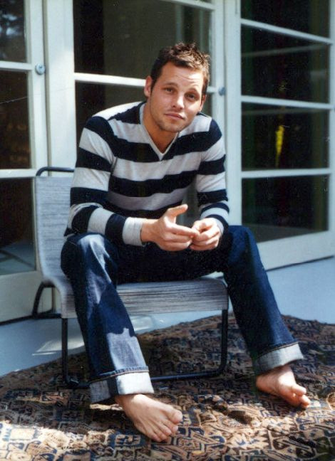 Jake Elliott Actor >> Famous Male Feet: Justin Chambers