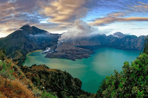Danau Segara Anak Pulau Lombok