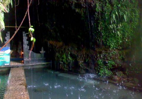 Pesona Keindahan Wisata Umbul Jumprit Di Ngadirejo Temanggung Jawa