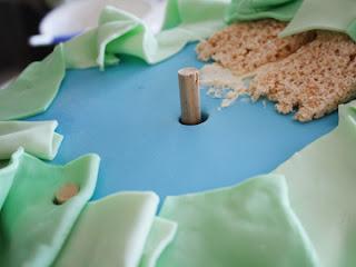 cómo añadir tacos en la torta
