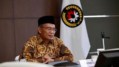 Menteri Koordinator PMk Muhadjir Effendy 1169% 2B% 25283% 2529 Pemerintah menjelaskan bahwa mudik dilarang tetapi pariwisata diperbolehkan