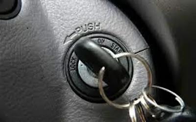 مفتاح التشغيل سويتش السيارة ما هي المؤشرات التي تنذر بالخلل و الأسباب التي تجعله لا يتحرك و ما هي الخطوات التي يجب علينا القيام بها في حال التلف