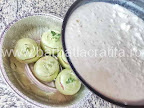 preparare reteta gulii umplute cu carne la cuptor - turnam sosul alb in tava