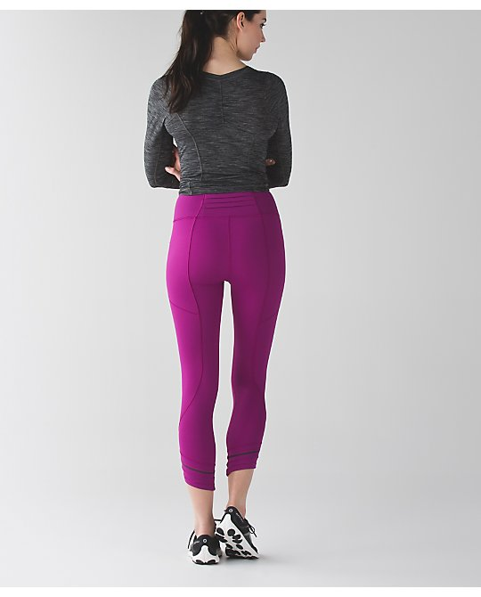 lululemon run-the-show-crop