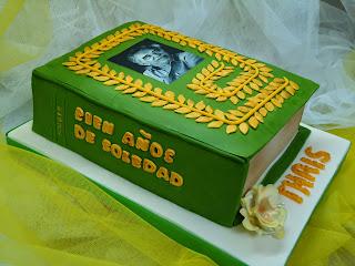 Resultado de imagen de 100 años de soledad tarta