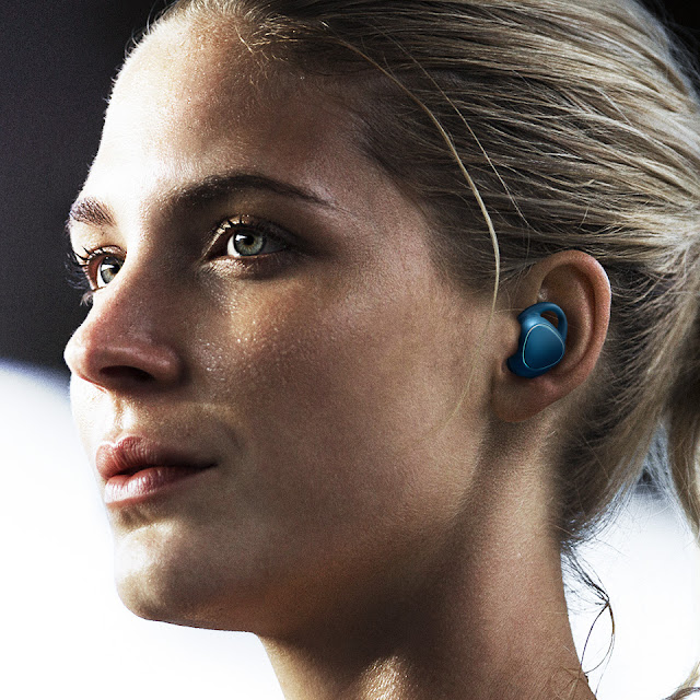 Wireless headphones - Samsung Gear IconX