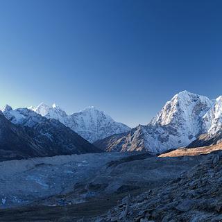 हाम्रो सुन्दर नेपाल