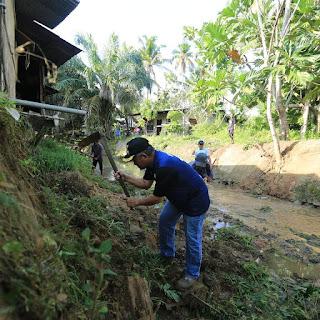 Wali Kota Tarakan  Memimpin Langsung Kerja Bakti Massal di Wilayah Kelurahan Pamusian - Tarakan Info