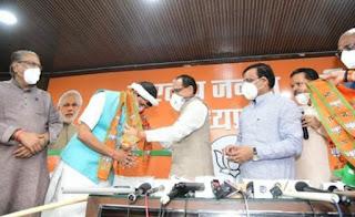 मध्यप्रदेश कांग्रेस को बड़ा झटका, विधायक प्रद्युमन सिंह लोधी ने ली बीजेपी की सदस्यता