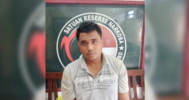 Seorang Warga Rimbo Bujang Ditangkap Polisi Karena Tertangkap Menyimpan 5 Paket Sabu
